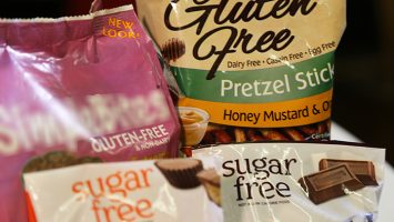 Food packaging often use buzzwords like `sugar-free` or `gluten-free`, but experts say these products are usually not a healthy choice for those with diabetes. You should turn the package over and learn how to read nutrition labels to choose the right foods.